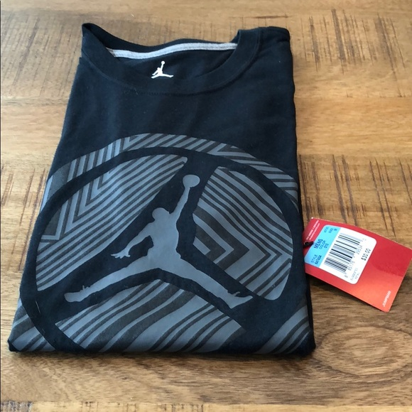 premium selection 65ede d7348 Air Jordan Foot Locker Black Shirt Medium